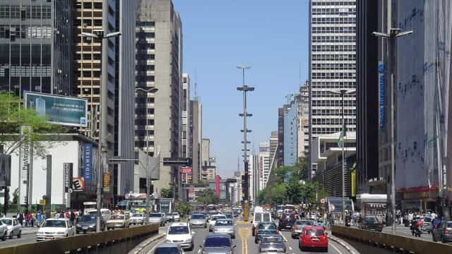 Avenida Paulista será fechada para carros às 13hrs deste domingo