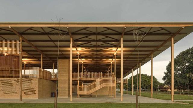 Arquitetos brasileiros levam prêmio internacional por moradia escolar