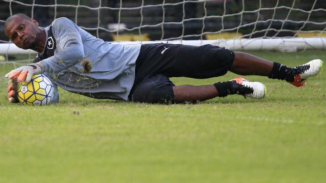 Sem Libertadores, Botafogo prepara festa de despedida para Jefferson