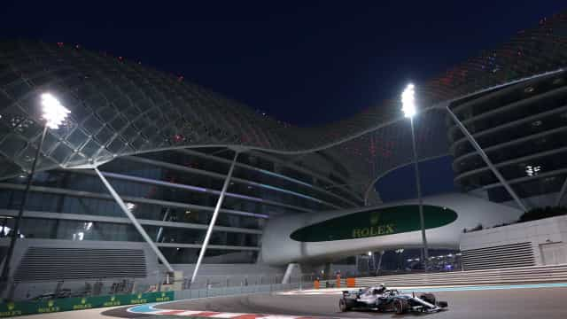 Bottas inicia treinos livres do GP de Abu Dhabi na frente