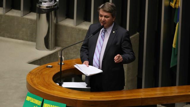 Deputado do Pros é cotado para assumir o Ministério de Minas e Energia