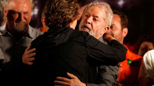 Ação em que Lula e Dilma são réus 'não se sustenta', diz PT