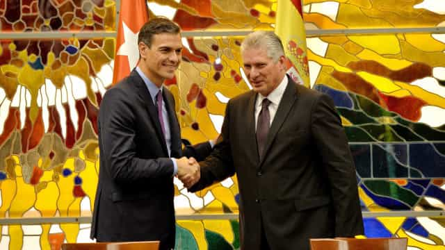 Premier da Espanha faz 1ª visita oficial a Cuba após 32 anos
