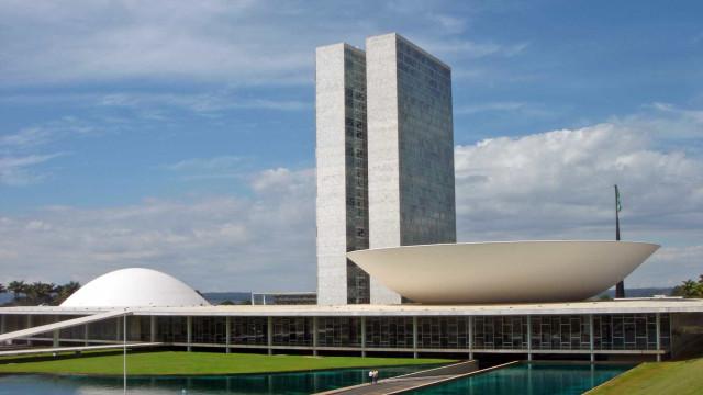Novo Congresso deve R$ 660 milhões à União