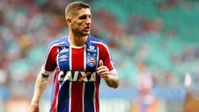 Palmeiras oficializa contratação de Zé Rafael, do Bahia, por cinco anos