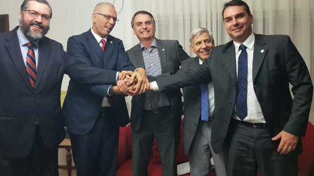 Governo Bolsonaro analisa criar escritório de negócios em Jerusalém