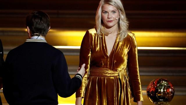 Norueguesa se nega a fazer dança sensual após vencer Bola de Ouro