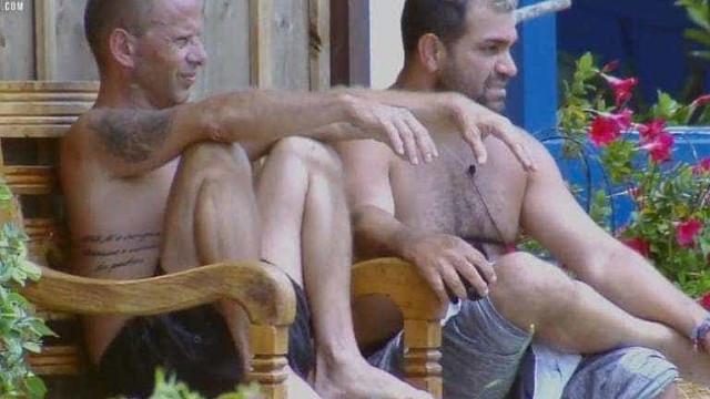 João Zoli e Felipe Sertanejo formam roça surpresa em A Fazenda