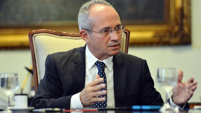 Estou vendo um bate-cabeça, diz Hartung sobre governo Bolsonaro