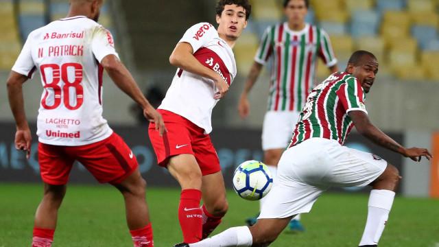 Rodrigo Dourado admite sondagens e não descarta deixar o Inter
