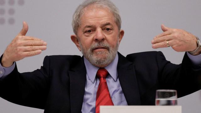 Defesa de Lula pede soltura imediata do ex-presidente
