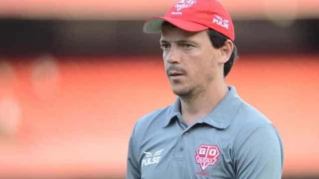 Fernando Diniz é anunciado como novo técnico do Flu