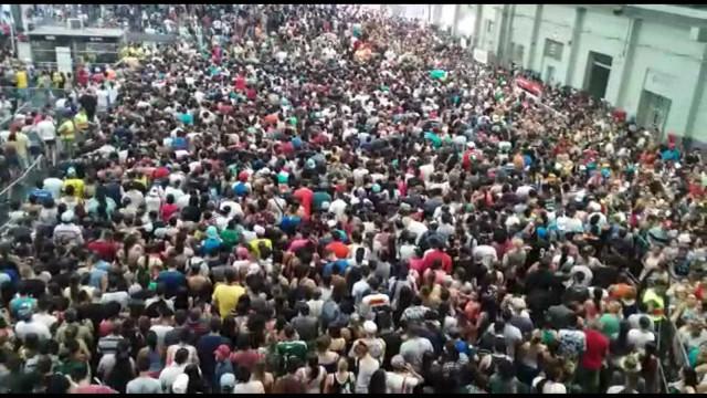 Mais de um milhão de pessoas passam pelo Brás (SP) só neste sábado