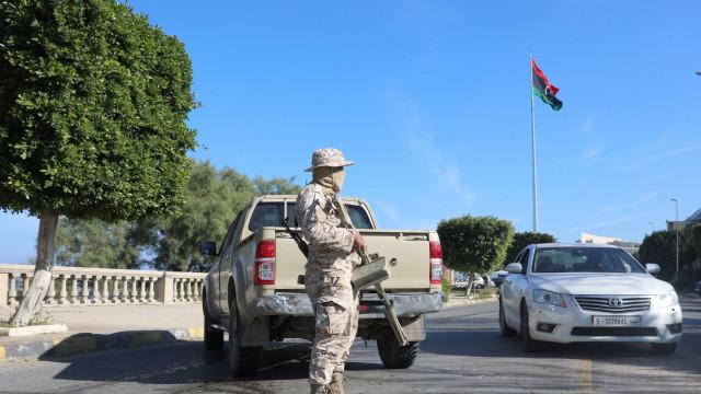 Ataque armado a Chancelaria da Líbia deixa 3 mortos