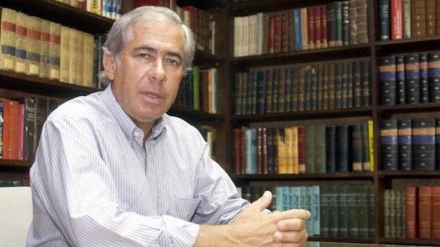 Morre o advogado Sigmaringa Seixas, ex-deputado federal e amigo de Lula