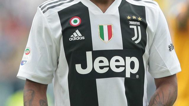 United oferece R$ 266 mi à Juventus por Douglas Costa, diz jornal