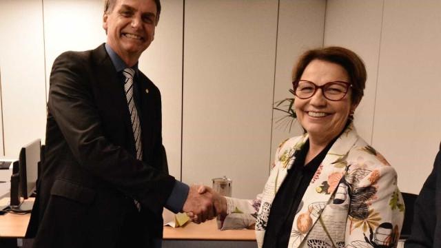 Bolsonaro retira da Funai a demarcação de terras indígenas