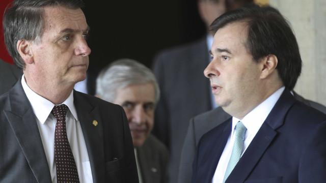 Acordo de Maia com o PSL incomoda esquerda e surpreende 'Centrão'
