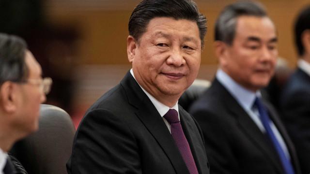 Presidente da China envia carta em que parabeniza Bolsonaro