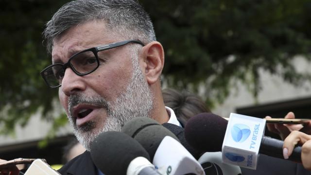 Frota articulou apoio do PSL à reeleição de Maia na Câmara