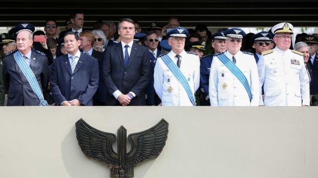Bolsonaro participa de posse de novo comandante da Aeronáutica