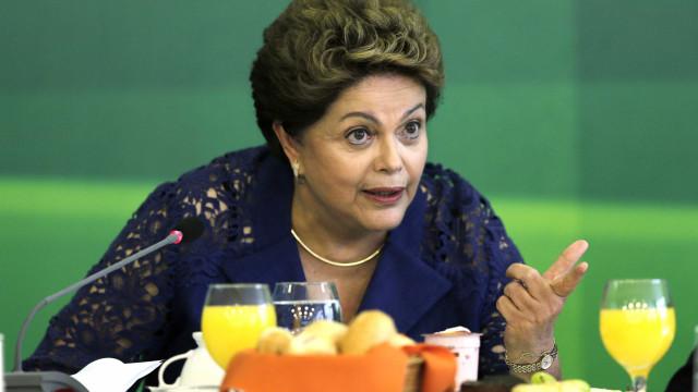 Em carta, Dilma rebate crítica de ministro de Bolsonaro