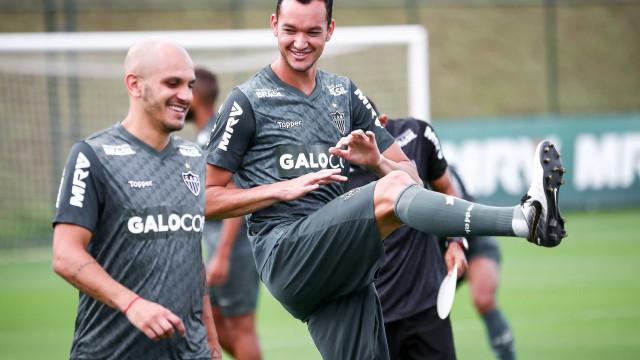 Em retorno ao Atlético-MG, Réver destaca arrependimento ter saído
