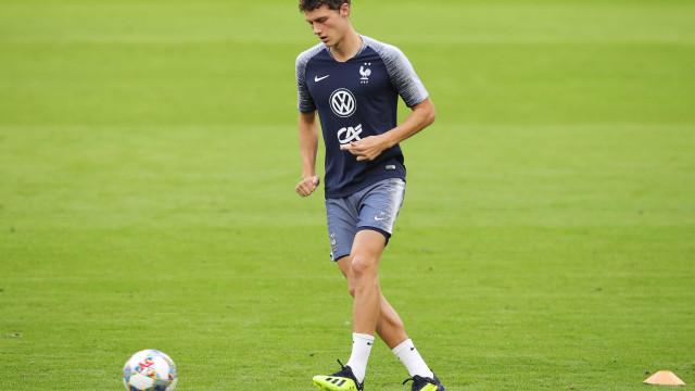 Campeão mundial pela França, Pavard acerta com o Bayern