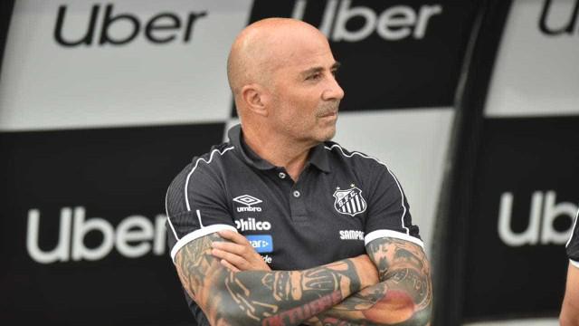Sampaoli admite insatisfação por falta de reforços no Santos