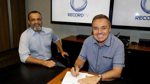 Gugu renova com a Record por mais três anos