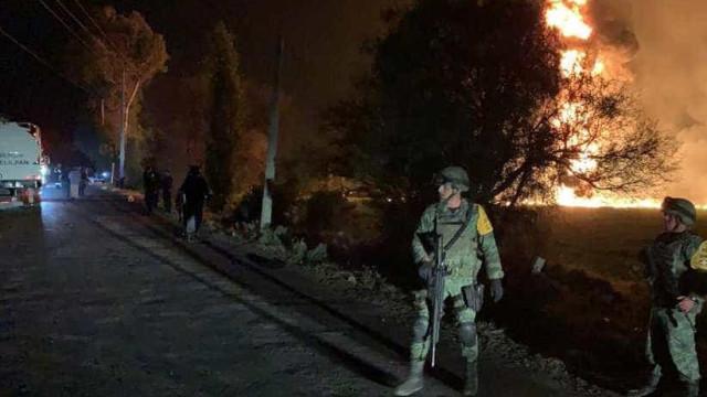Explosão em oleoduto deixa 29 mortos e 61 feridos no México