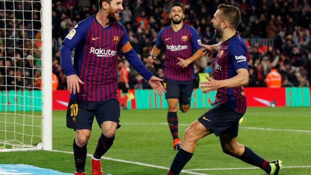 Barcelona ganha em casa e volta a ter 5 pontos de distância no Espanhol