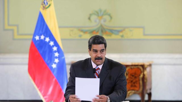 Maduro anuncia fim de relações diplomáticas com EUA