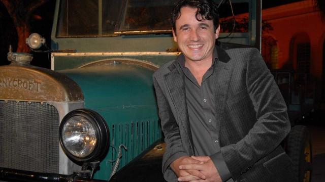 Relembre os papeis mais marcantes de Caio Junqueira no cinema e TV