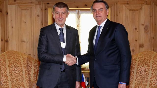 Bolsonaro e premiê tcheco discutem controle mais rígido da imigração