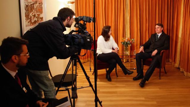 Em vídeo gravado no hospital, Bolsonaro fala sobre 'barbaridade' em MG