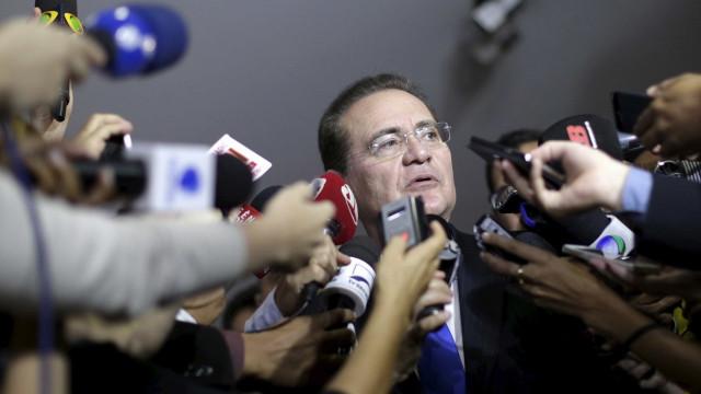 Decisão de Toffoli sobre voto secreto na Câmara pode ajudar Renan