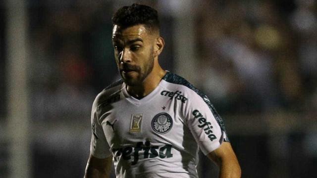 Palmeiras mantém otimismo e faz planos para segurar Bruno Henrique
