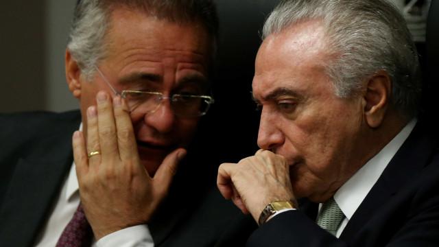 Renan pede apoio a Temer e Sarney por presidência do Senado