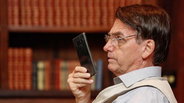 Bolsonaro se recupera de cirurgia e deve ter alta em 10 dias