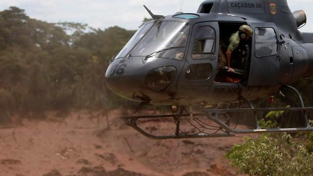 Drone não autorizado cai em Brumadinho e quase atinge grupo de resgate