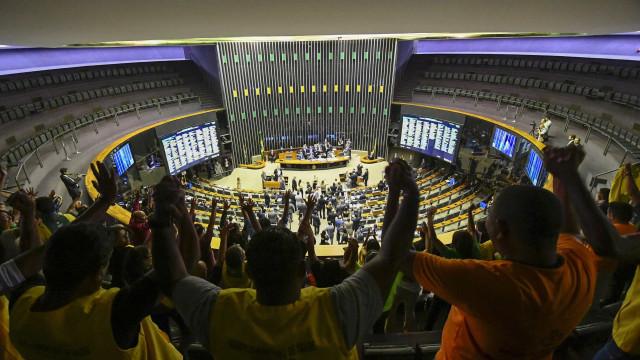 Oposição deve montar bloco pragmático na Câmara