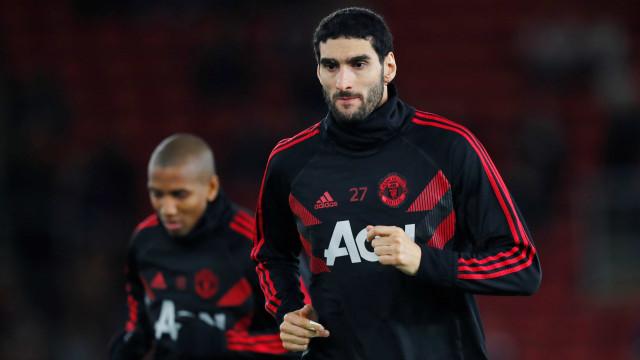 Manchester United negocia Fellaini com clube chinês
