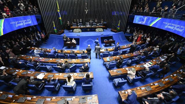 Fernando Henrique Cardoso critica bate-boca em eleição do Senado