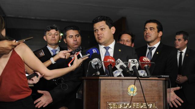 Davi Alcolumbre nega revanchismo com Renan Calheiros