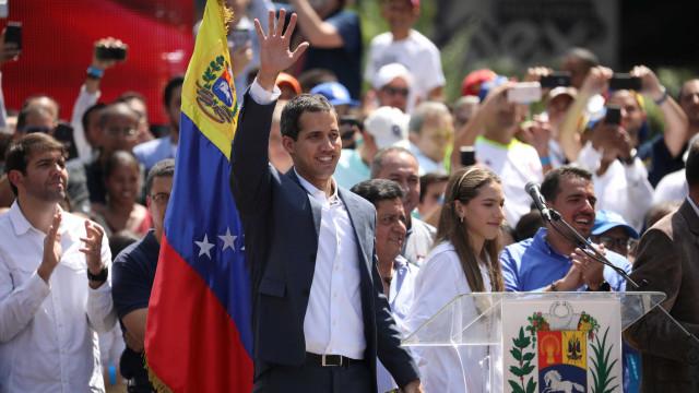 Embaixador da Venezuela no Iraque declara apoio a Guaidó