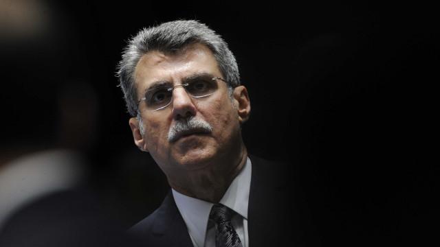 Jucá tenta reduzir danos no MDB por disputa no Senado