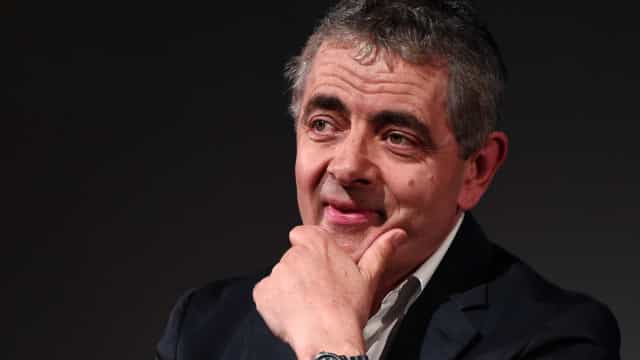Rowan Atkinson vai parar de trabalhar para cuidar da filha