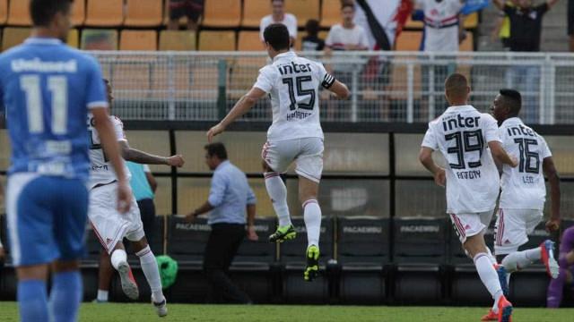 Após vitória sobre o São Bento, Hernanes pede 'coração' na Libertadores