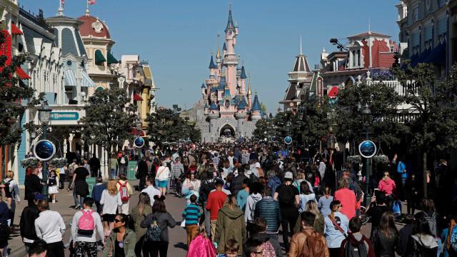 Disney de Paris terá 1º evento gay oficial da marca